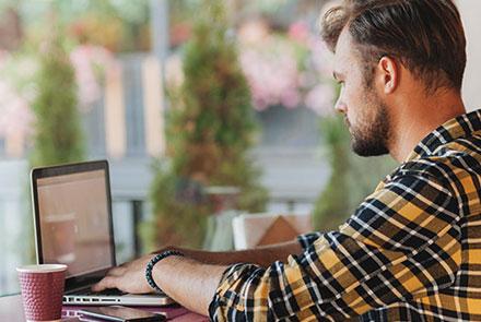 Rezultati velikog istraživanja: Kako uče i koliko zarađuju programeri