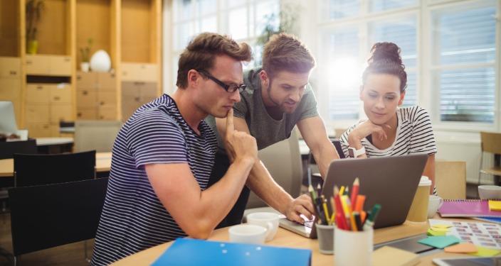 web dizajneri u kompaniji frilenseri