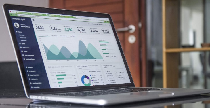 Pay per click kampanje internet laptop